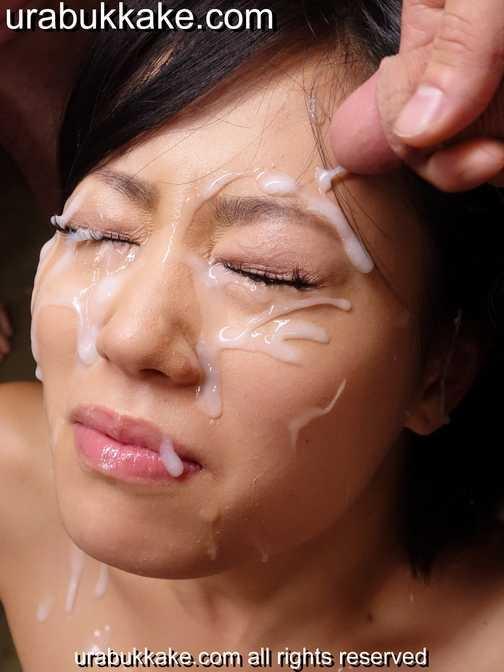 Bukkake extreme facial